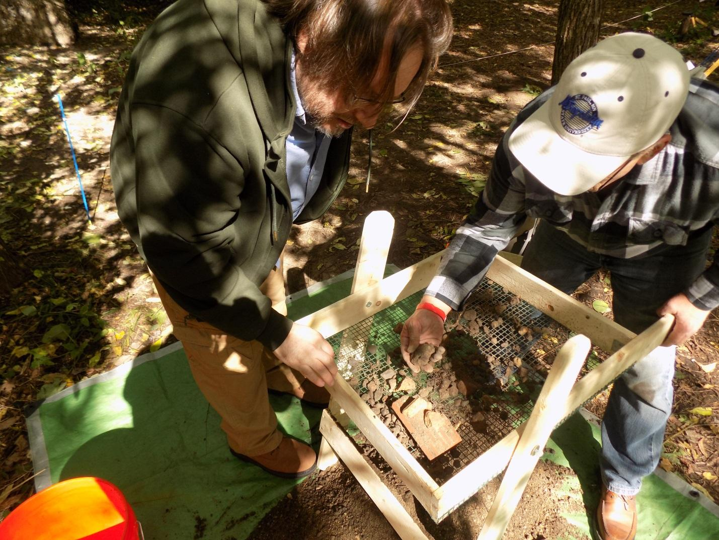 Metro State students dig archaeology